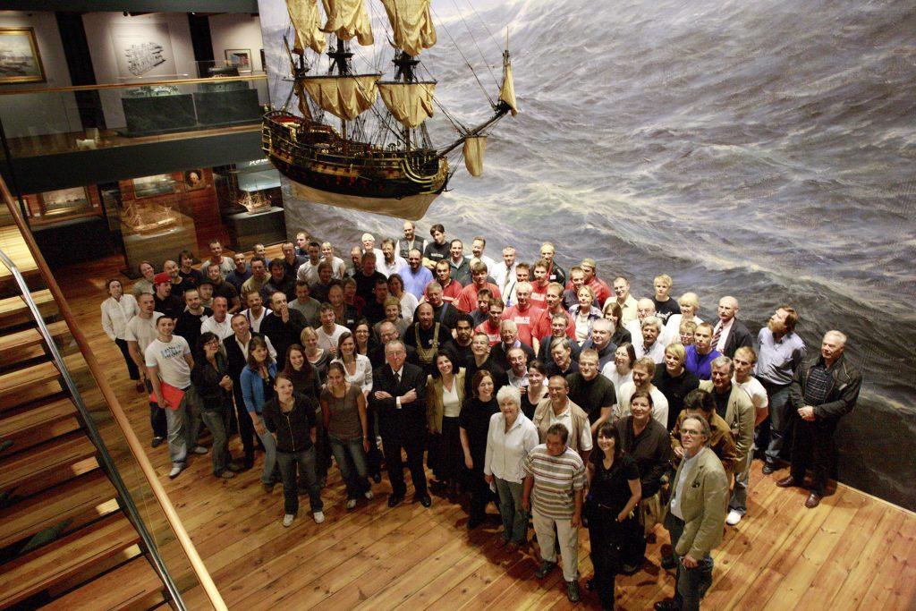 Das Team des IMMH am 24. Juni 2008 auf Deck 2.