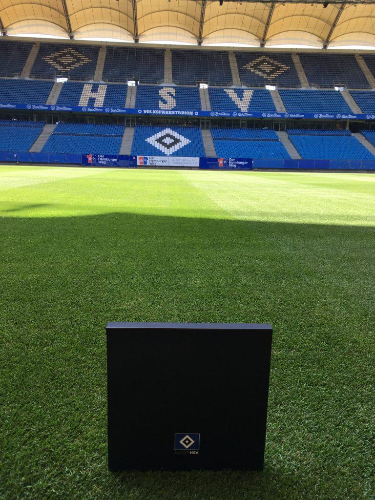 Heute noch auf dem Rasen des Volksparkstadions, am Do. den 4. August an die Kasse des IMMH zu sehen. Bild: HSV.