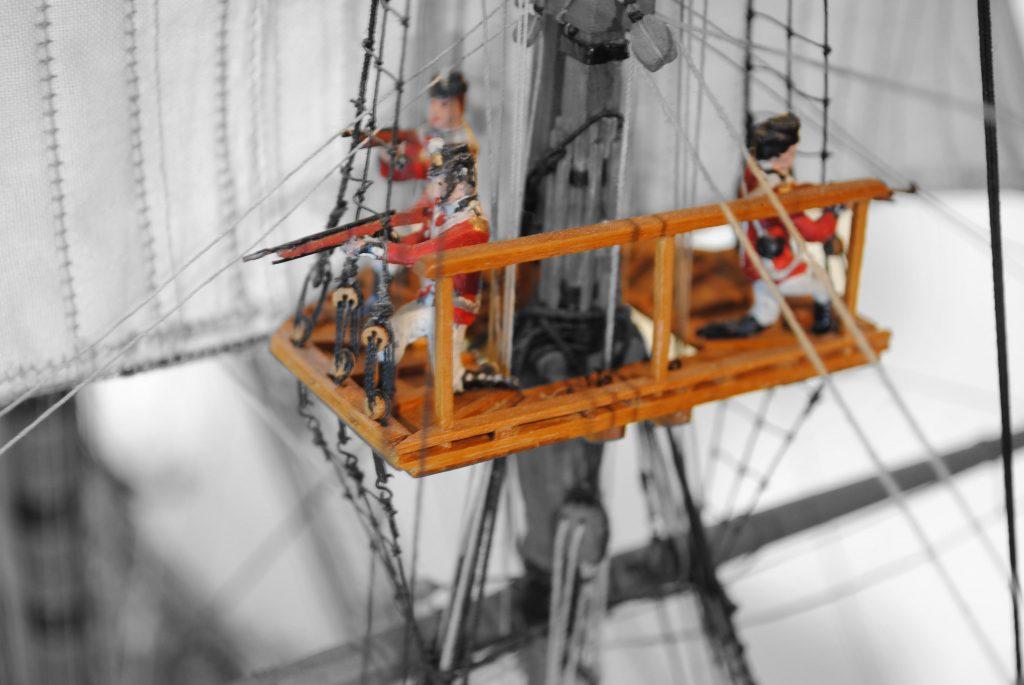 Mars, Plattform an die Masten der Fregatte. Modelschiff auf Deck 2 der Internationale Maritime Museum Hamburg.