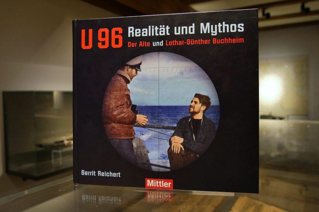 """Das Buch """"U 96 Realität und Mythos"""" (Mittler Verlag)."""