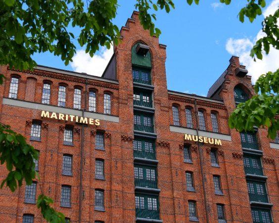 Der Kaispeicher B in die Hamburger HafenCity: Dort ist das Maritime Museum zuhause. Doch es kann auch online bei Ihnen sein!