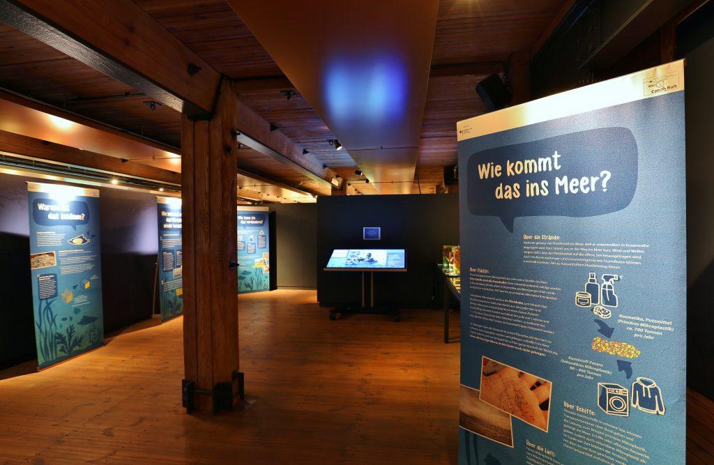 Sonderausstellung Mikroplastik im Internationalen Maritimen Museum Hamburg.