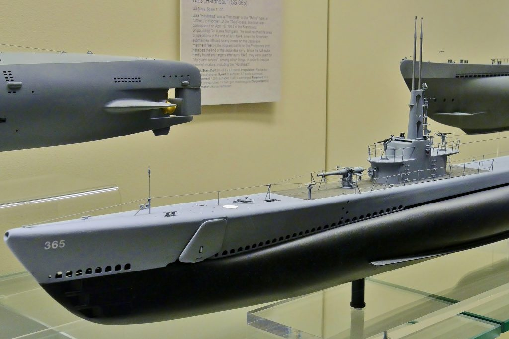 """Das U-Boot USS """"Hardhead"""" (SS 365): gebaut von Maurice Verhaaren im Maßstab 1:100 und ausgestellt auf Deck 5. Internationales Maritimes Museum Hamburg."""
