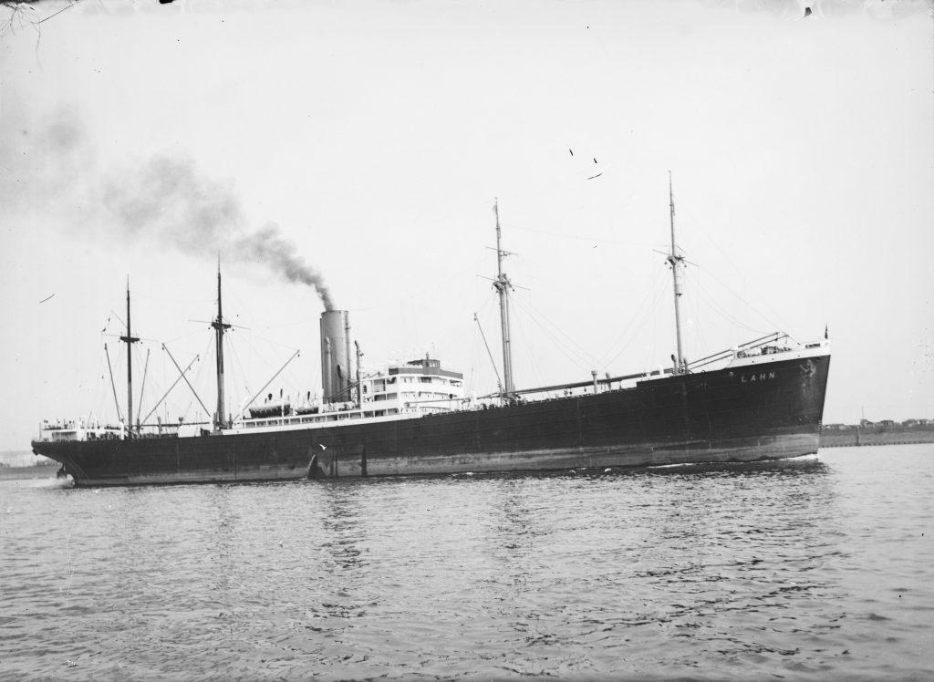 """Dampfer """"Lahn"""" (1928), Norddeutsche Lloyd. Online Archiv Internationales Maritimes Museum Hamburg."""